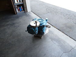 Cone Drive Uo40b50 Worm Drive Right Angle Gearbox 2501 Ratio Brand New