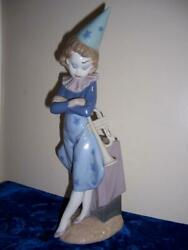 Lladro Girl With Trumpet Figurine Made In Spain 13 1/2 Stars On Dress Dunce Hat