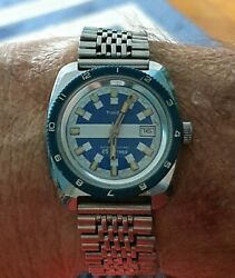 Timex Divers Wrist Watch Blue Face With Date A Nd Bracelet Circa 1970s Manuel