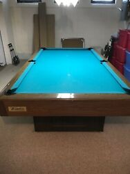 1972 Brunswick Windor Pool Table With Rack And Cue Sticks