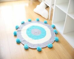 Round Crocheted Blanket Super Warm Fuzzy Portable Acrylic Material Yellow Blue