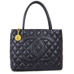 Medallion Quilted Cc Hand Tote Bag 6916759 Purse Black Caviar Skin 91100