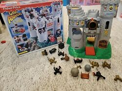 1994 Fisher Price Great Adventures Medieval Castle Play Set Knights 7110 Used