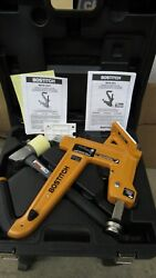 New Bostitch Mfn-201 Manual Hardwood Flooring Cleat Nailer And Mallet