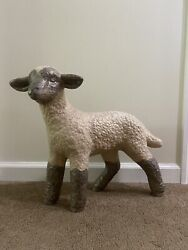 Vintage Large Outdoor Or In Nativity Scene Metal Lamb 18 H X W 18 Christmas