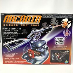 1998 Toymax Arcadia Electronic Skeet Shoot Image Projecting Game System Complete