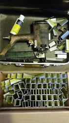 Vintage Tool Duo-fast Model Rs-1748 Roofing Roofer Air Nailer Stapler And Staples