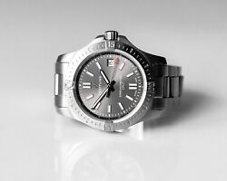 Breitling Colt 41 Automatic Grey Dial Steel Men's Watch A17313