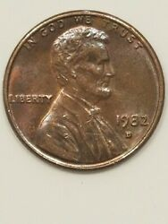 Beautiful 1982d Small Date Lincoln Cent Copper Weighs 3.9