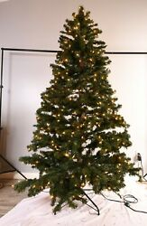 Christmas Tree Westinghouse 7.5 Ft With 600 Sure-lit Pre-assembled Clear Lights