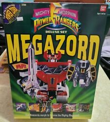 Vintage 1993 Bandai Mighty Morphin Power Rangers Megazord Deluxe Set New In Box