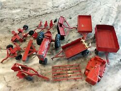 Vintage 60's Set Hubley Mighty Metal Farm Set Old Tractor Disc 12 Pieces And Box