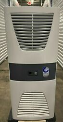 Rittal 3304540 Vertical Wall Mount Air Conditioner 3 Phase 400/460v - New Dented