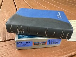 Niv Thompson Chain Reference Bible - Compact Size Blue 1984