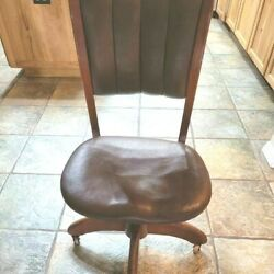 Quality Antique Oak Swivel Desk Chair On Wheels Fine Brown Leather Perfect