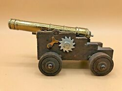 Vintage Miniature Naval/signal Cannon Made In Italy