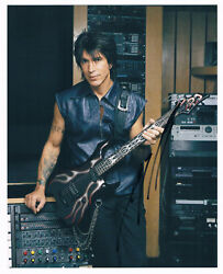 George Lynch 1954- Genuine Autograph Photo 8x10 Signed In Person Dokken