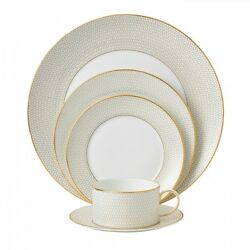 Wedgwood Arris 60pc Set Service For 12
