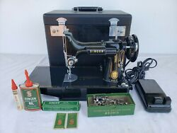 Vintage Singer Model 221 Sewing Machine In Excellent Condition And Working Well