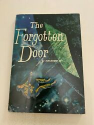 1972 The Forgotten Door By Alexander Key 6th Printing Scholastic Softcover