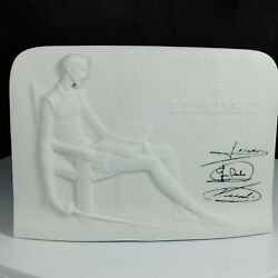 Vtg 1985 Daisa Lladro Signed Collectors Society Display Sign White Bisque
