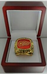 Detroit Red Wings - 1997 Stanley Cup Hockey Ring With Wooden Display Box
