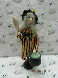 Byers Choice 2019 Halloween Witch With Large Wooden Spoon🎃🎃🎃🎃🎃new