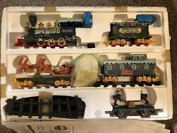 North Pole Christmas Express Animated Musical Train Set 1996 - Used Working