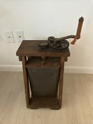Antique Farmhouse Wooden Butter Churn. Late 1800s To Early 1900s.
