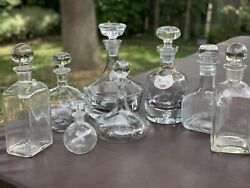 Set Of 8 Vintage Clear Glass Whiskey Liquor Decanters With Stoppers