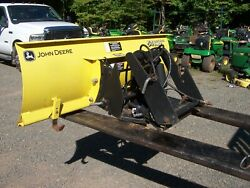 John Deere 425/445/455 Quick Hitch And 54 Snow Plow Blade-great Condition