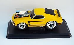 muscle machines car 69 boss 302 1 18 scale