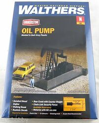 N Scale Horse Head Oil Pump Kit - Walthers 933-3248