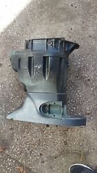 2003 Yamaha 115hp Upper Casing And Exhaust Guide 62