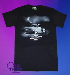 New Chevy Truck Country Night Chevrolet Mens Vintage Sign T-Shirt