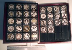 Netherlands Royal Family 34 Commemorative Bu Proof Medals In Wooden Box