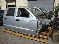 2005-11 Dodge Dakota Crew Cab With Front And Rear 4 Doorswill Separate Pickup