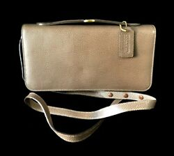 Coach Vtg Madison Carnegie Taupe Brown Leather Baby Brief Clutch Purse Bag Italy