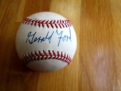 Gerald Ford Signed Nl Baseball -first Hand Authenticated A-501314