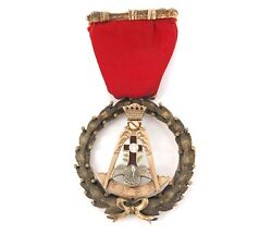 """.mason Large 10k Gold 1944-1945 """"new Castle, Pa Chapter Of Rose Croix 18o Medal"""