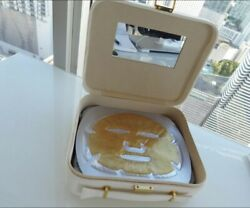 Adore Organic Innovation Golden Touch 24k Techo-dermis 11 Face Mask And Case