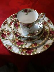Royal Albert Old Country Roses - Used-mint Condition-fine Bone China