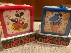 Vintage Mickey Mouse And Daffy Duck Clock Radio Am/fm Still In Box New Sold As Set