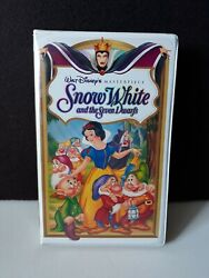 Vintage 1994 Disney's Masterpiece Snow White And Seven Dwarfs Clamshell Vhs Nm