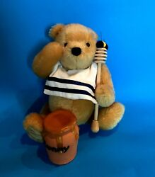 Deanand039s Rumbly In My Tummy Musical Pooh Exclusive For Theodoreand039s Bear Emporium