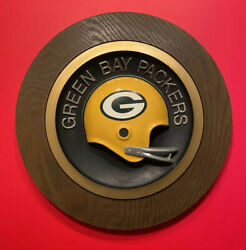 1970andrsquos Green Bay Packers 2 Bar Football Helmet Plaque Vintage 70and039s Nfl