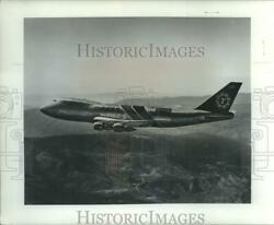 1975 Press Photo Flying Tigers 747 Freight Liner Airplane At Sea-tac Flight