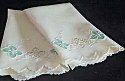 Pair Of Vintage Linen Hand-embroidered And Applique Towels. Vv544