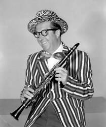 Old Cbs Tv Photo Portrait Of Comedian Phil Silvers For Phil Silvers On Broadway