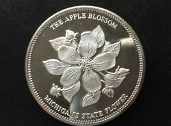 Pioneer Bank The Apple Blossom Michigan State Flower Silver Medal A3360